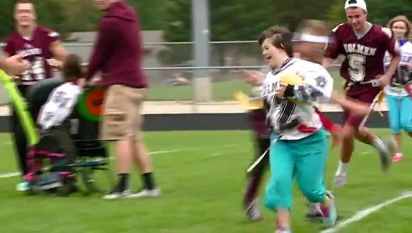 Holmen H.S. holds Homecoming 'tune-up' game
