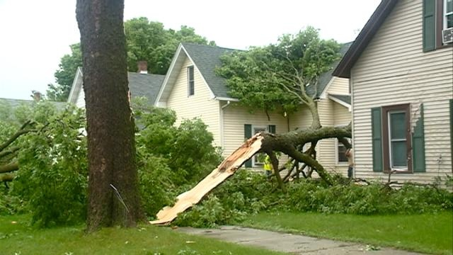 Insurance agents: document everything after storms
