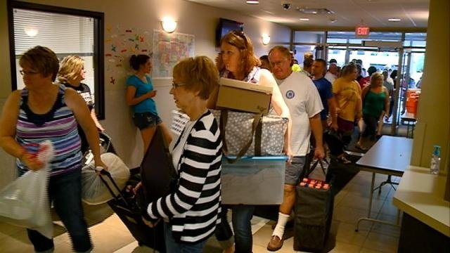 Students move into dorms at Western Technical College