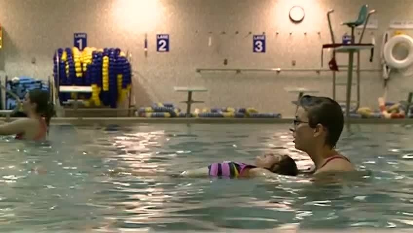 La Crosse area YMCA, school district partner to offer free swim lessons