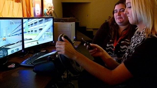 Simulator allows students to experience dangers of texting and driving