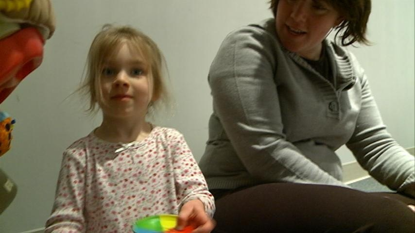 Learning second language beneficial for kids, studies say