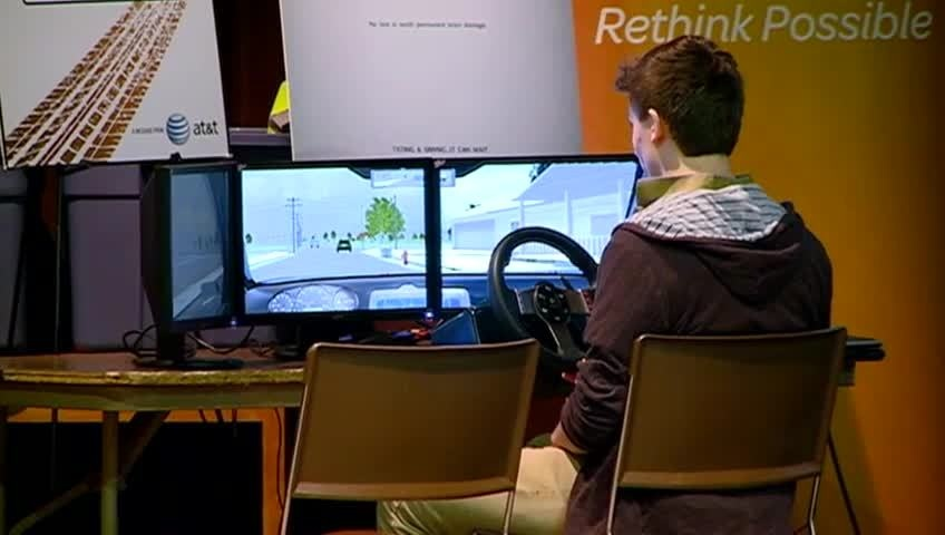 Aquinas H.S. students learn dangers of texting and driving