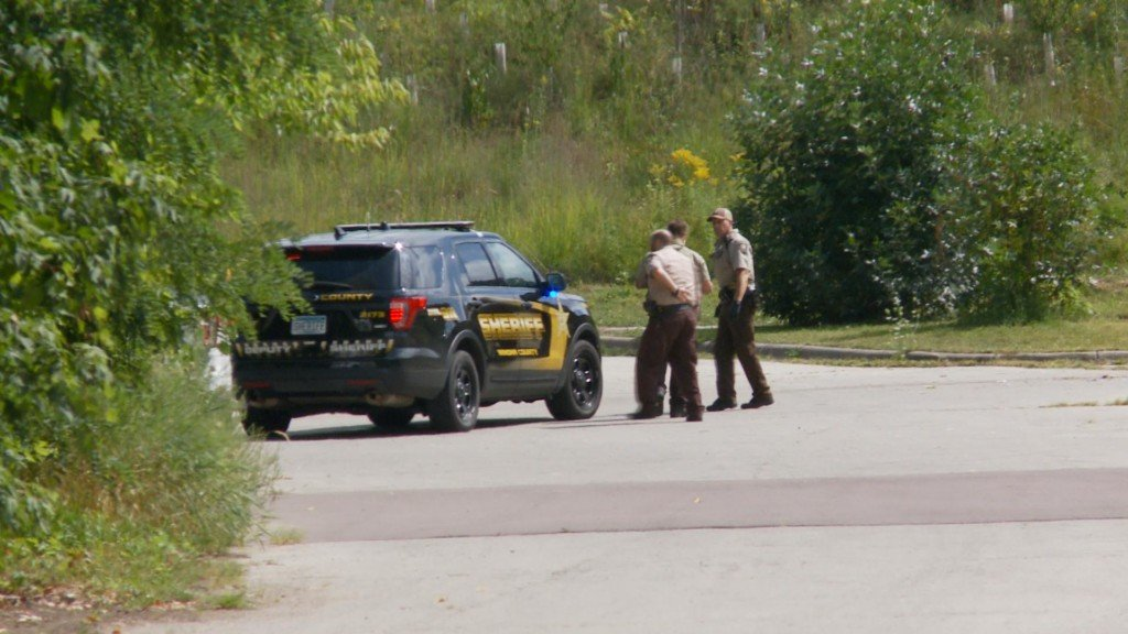 One arrested after using BB gun, machette at boat launch in Winona County