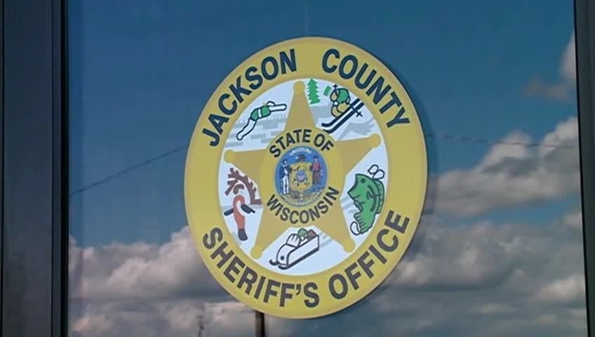 Jackson Co. suspect accused of trying to hide drugs