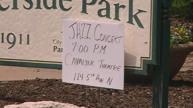 Warm weather causes local jazz group to take concert indoors