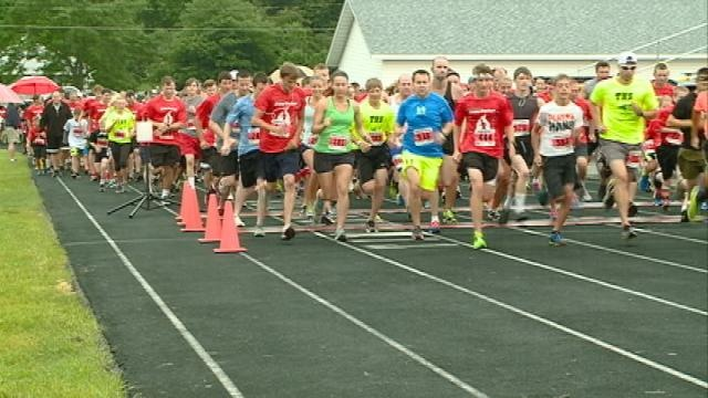 Weather doesn't hinder participation in 'Jesse Parker Run/Walk' event