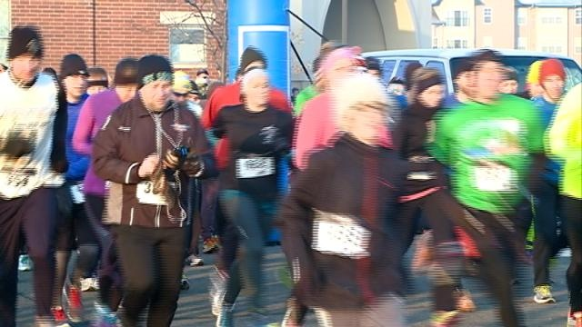 Jingle Bell Run promotes staying active during winter