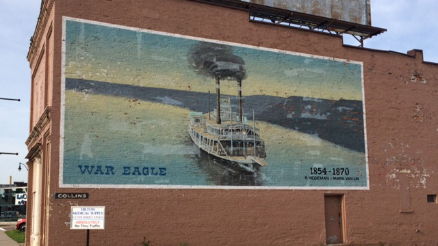 La Crosse War Eagle mural torn down