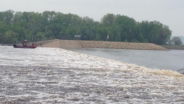 Xcel Energy reminds boaters of dangers near dams