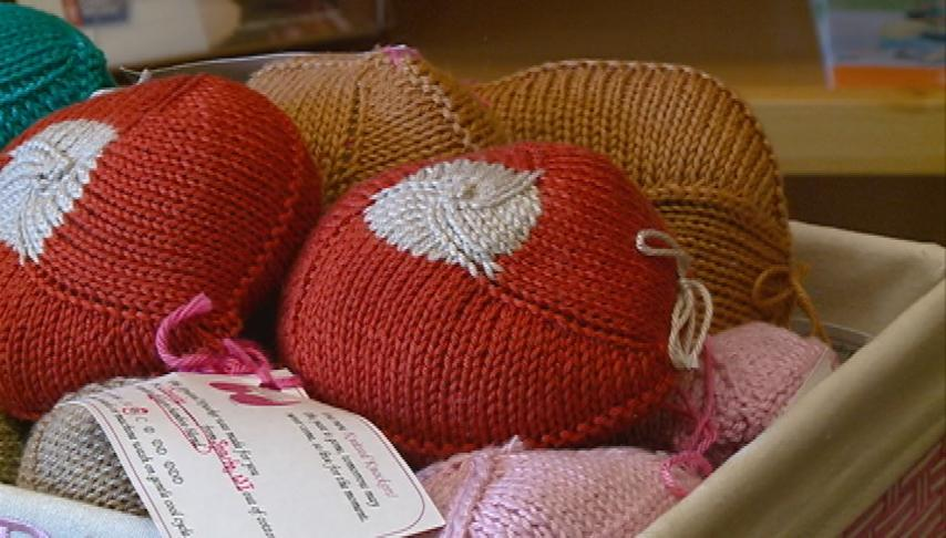 'Knitted Knockers' help breast cancer survivors