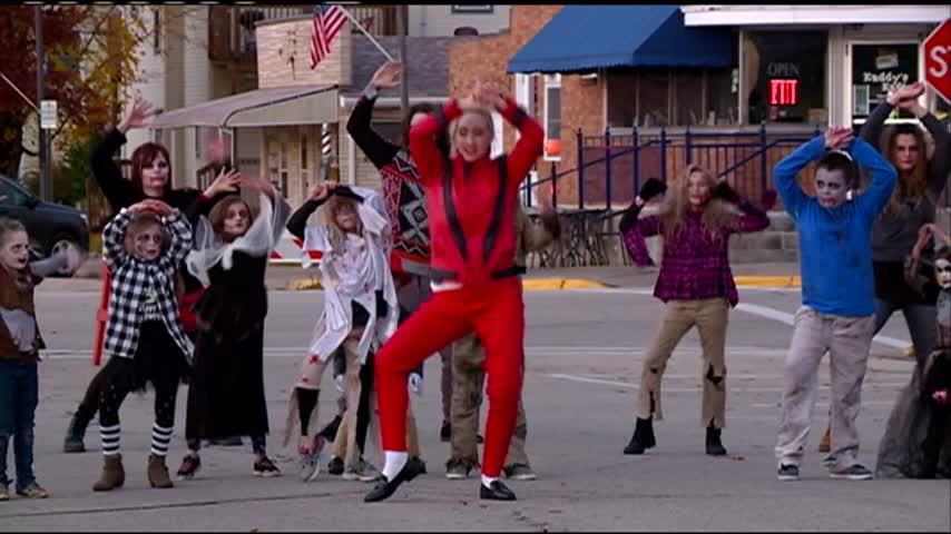 La Crescent reenacts 'Thriller' music video in 2nd annual parade