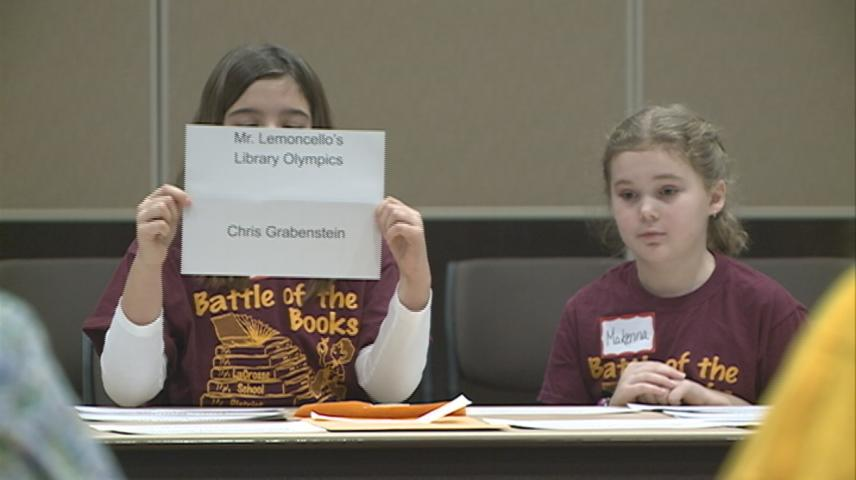 La Crosse students compete in 'Battle of the Books'