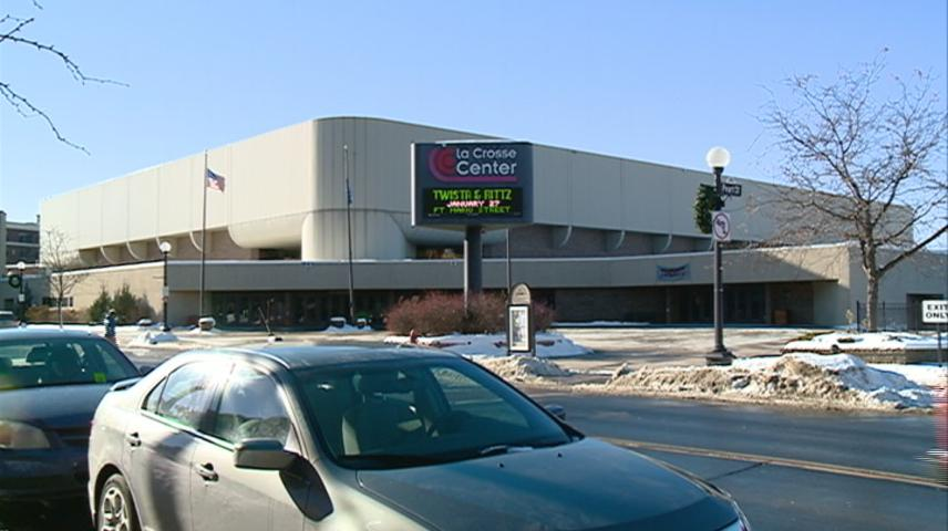 La Crosse Center closer to renovations