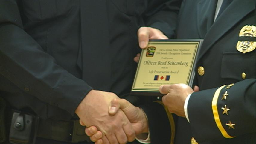 La Crosse Police Department honors officers', citizens' bravery