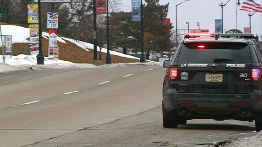La Crosse police want to remind drivers to turn headlights on in fog