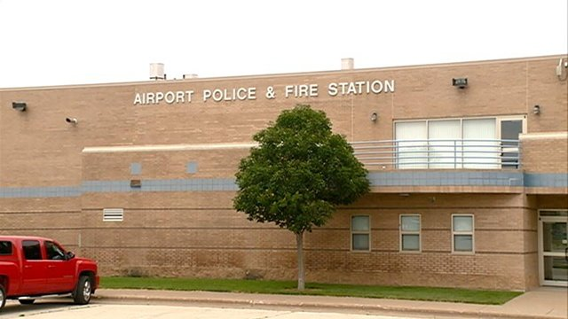 La Crosse Regional Airport to contract out some operations personnel