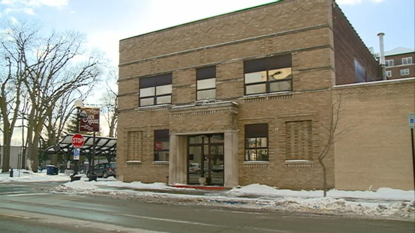 La Crosse School District moving forward to purchase the Brickhouse bar