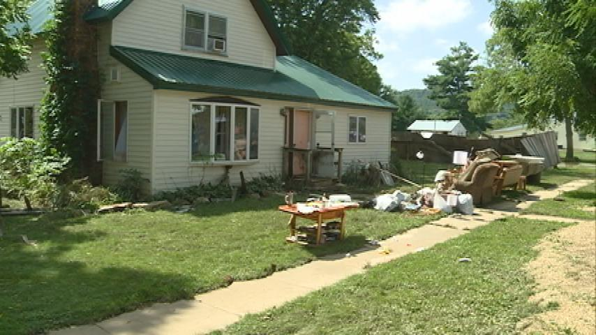 La Farge Woman loses everything from flooding