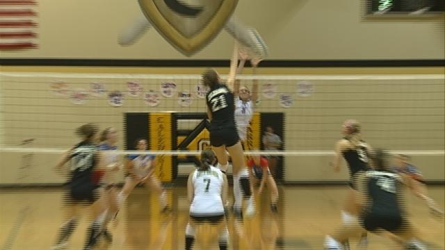 Caledonia's Lange Commits to Wisconsin