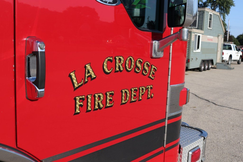 Passengers, dog rescued after boats capsize on La Crosse River