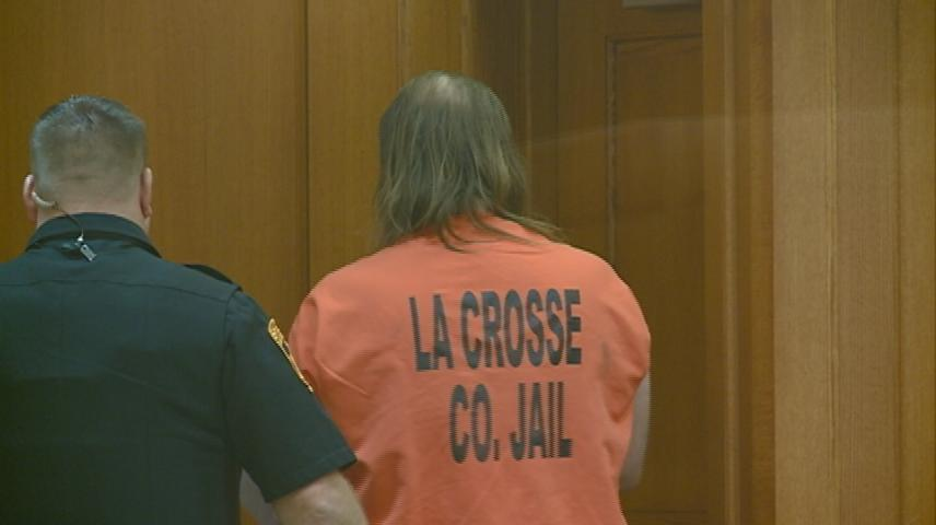 La Crosse man who attacked officers with a chain sentenced to 5 years in prison