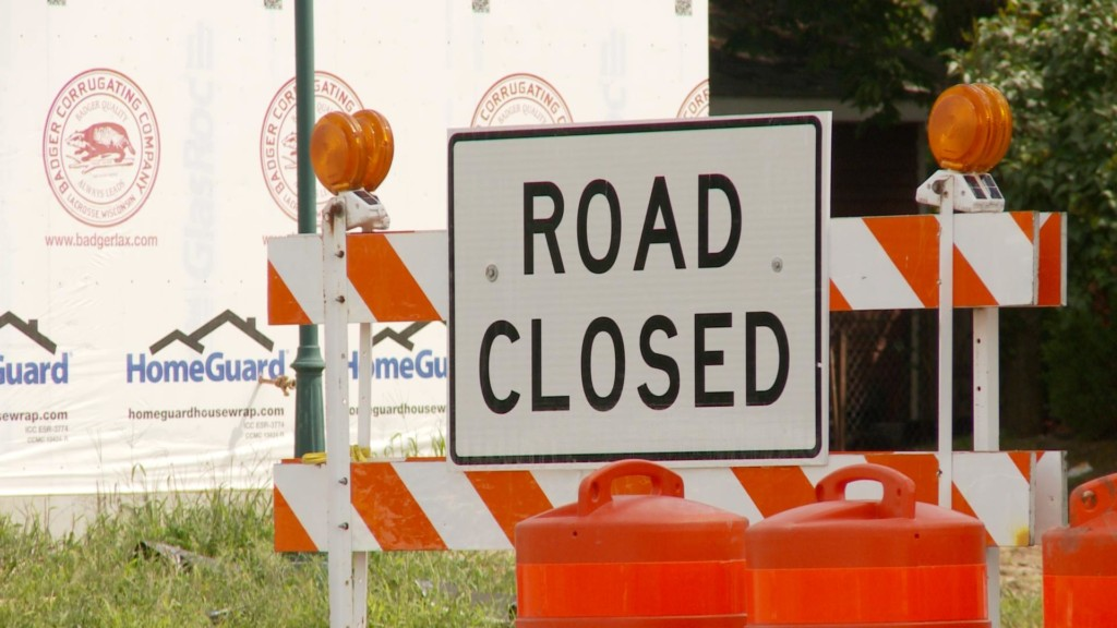 Temporary lane closure on Losey Blvd. on La Crosse's southside