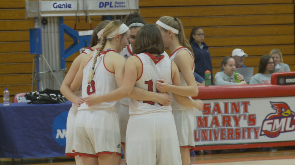 Saint Mary's outlasts Macalester in overtime