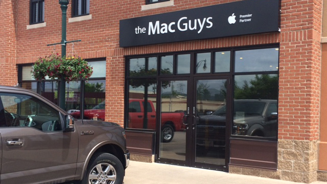 Over $50K in merchandise stolen from The Mac Guys