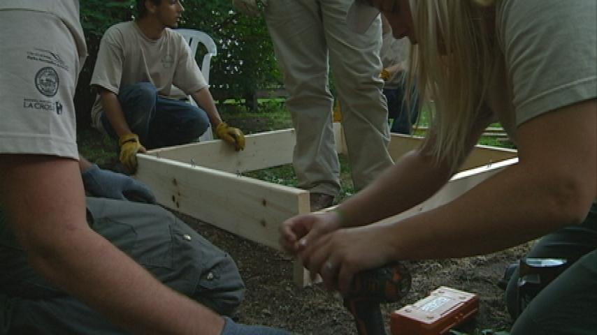 Students work on community projects in Mayor's Crew