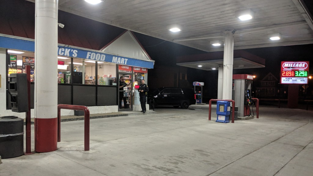 Reported armed robbery at Cass St. Mileage Gas Station