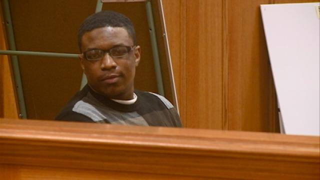 Emotional Mitrel Anderson testifies at his trial in La Crosse