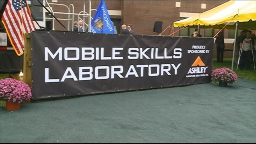 Mobile Skills Laboratory unveiled for Trempealeau County school districts