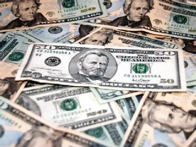 Minn. lawmakers learn deficit shrinks to $627M