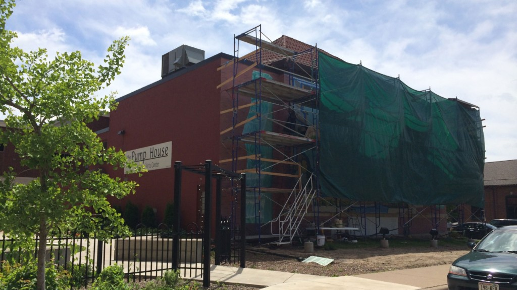 La Crosse mural to be unveiled Friday
