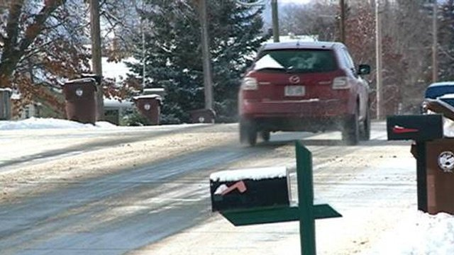 Onalaska uses new tool to fight icy roads