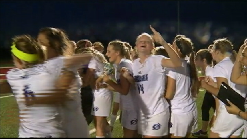 Onalaska girls soccer advances to sectional final with another penalty kick win