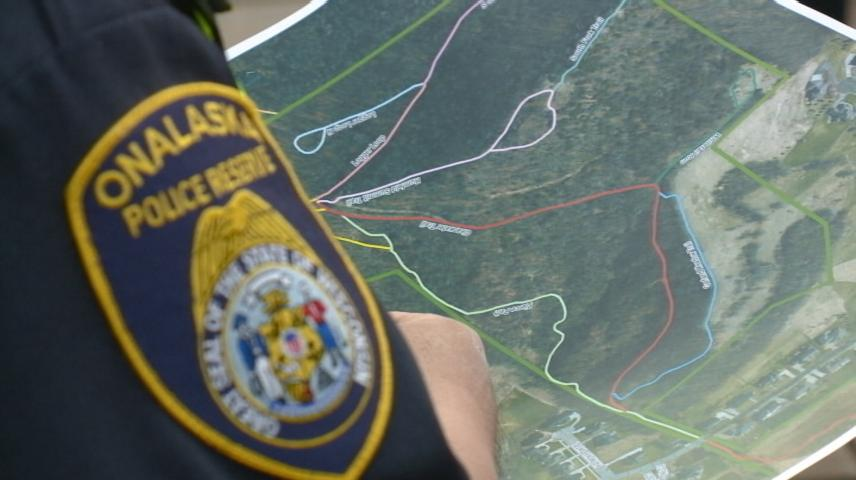 Onalaska Police Reservists take part in search and rescue training at Green Coulee Park