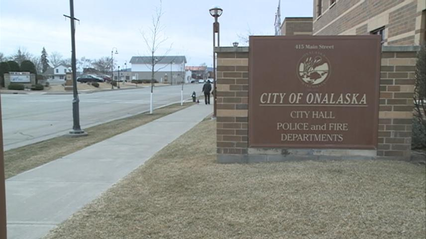 Onalaska will soon begin looking for new Fire and Police chiefs