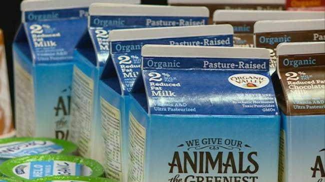 Organic farmers gather for annual Organic Valley meeting