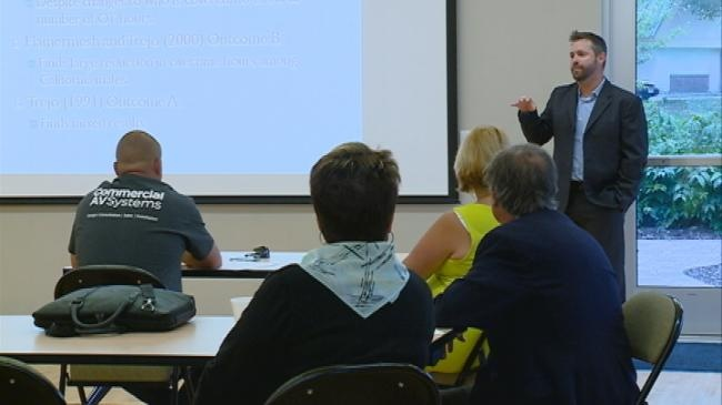 Business leaders learn more about impacts of overtime changes