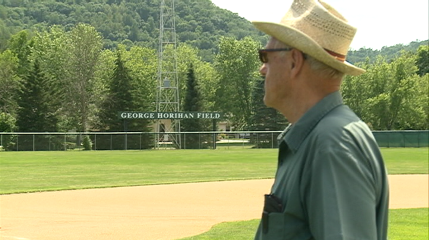 Hall of Fame coach prepares field for former team
