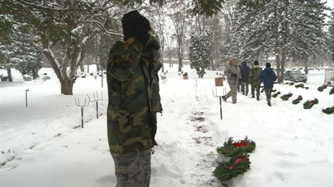 Hundreds of wreaths laid at La Crosse cemetery