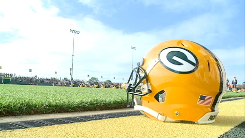 Packers report, eager to erase sting of 2017 season