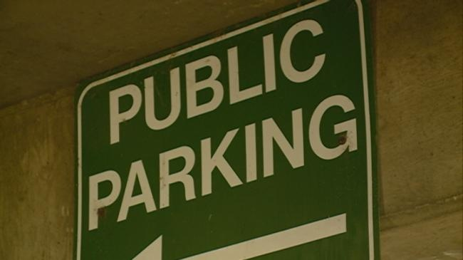 Free parking in downtown La Crosse for holiday shopping