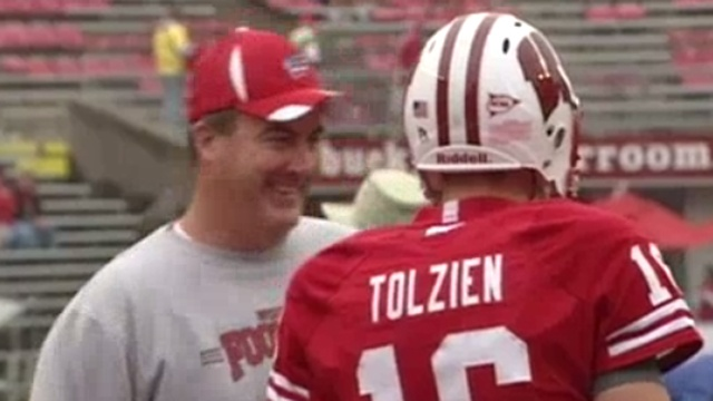 Paul Chryst lands in Madison Tuesday