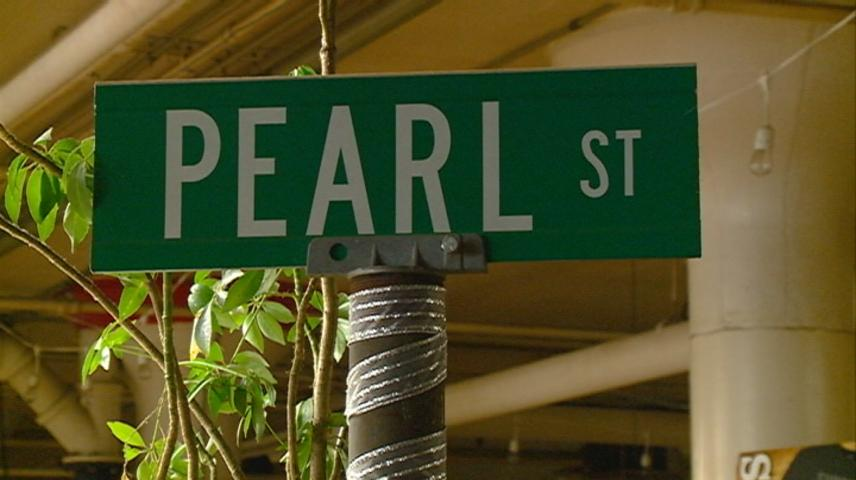 Pearl Street Brewery offering free pints, half-off packs to furloughed workers