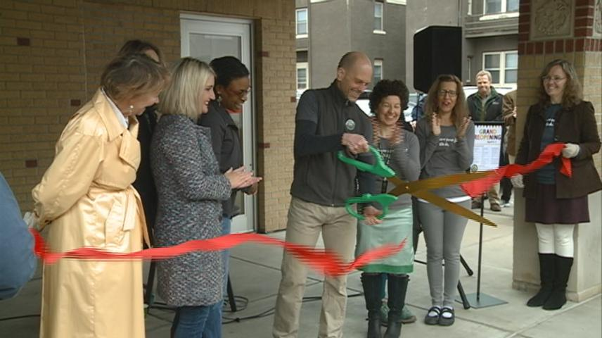 People's Co-Op hold ribbon cutting to celebration store remodel