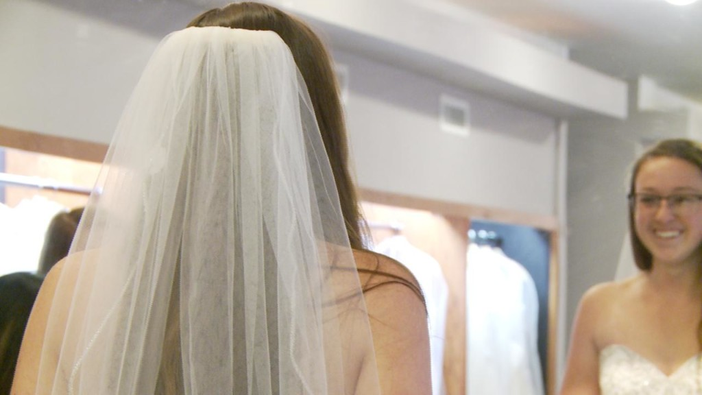 Local bridal shop giving thanks to active Air Force medic