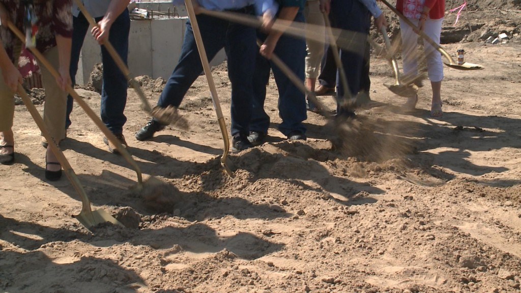 Pizza Ranch groundbreaking held in La Crosse